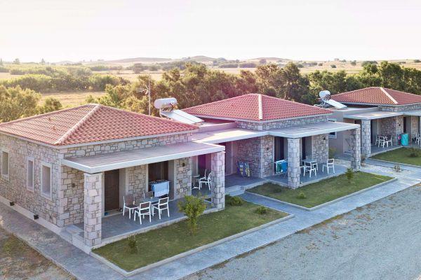 villa-saravari-accommodation-002bDEB51CCF-60C9-623E-D6E9-1A8C500F6F91.jpg