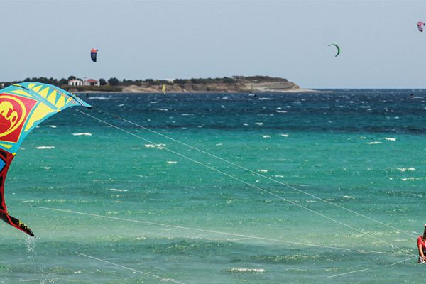 Villa Saravari Activities - Kite Surfing